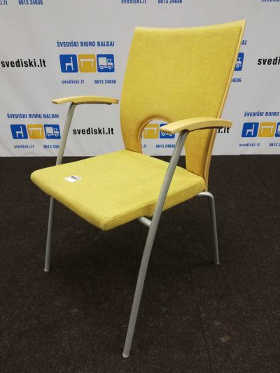 Švediški lt. Kinnarps Yin geltona kėdė su beržo fanera Švedija