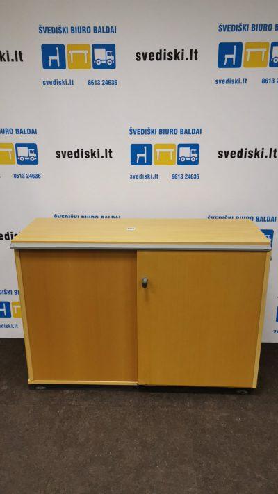 Švediški.lt Kinnarps Spintelė Su Rakinamomis Stumdomomis Durimis, Švedija