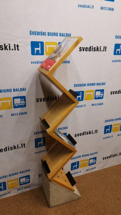 svediski.lt Stovas Reklamoms Ir Lankstinukams Su Betoniniu Pagrindu, Švedija