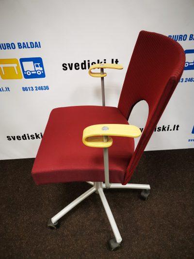 Švediški lt. Kinnarps Yin Bordinės Spalvos Lankytojų Kėdė Su Ratukais, Švedija