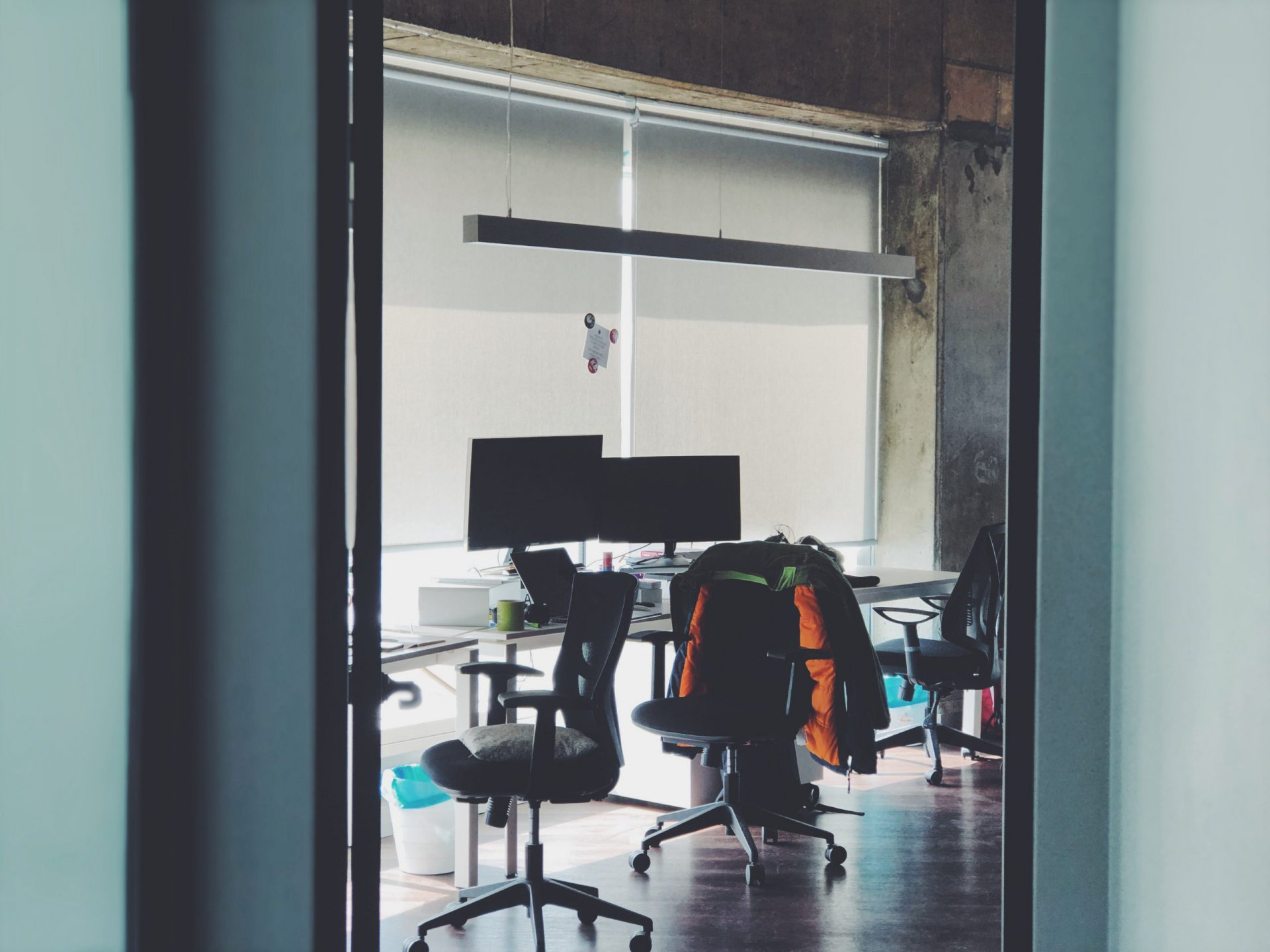 Kokybiški biuro baldai