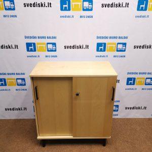 Švediški.lt Kinnarps Beržo Spintelė Su Stumdomomis Durimis, Švedija