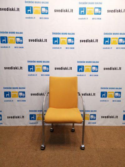 Švediški.lt Geltona Lankytojo Kėdė Su Porankiais Ir Ratukais, Švedija