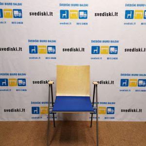 Švediški.lt Beržo Lankytojo Kėdė Su Mėlynu Audiniu Ir Rankų Atramomis, Švedija