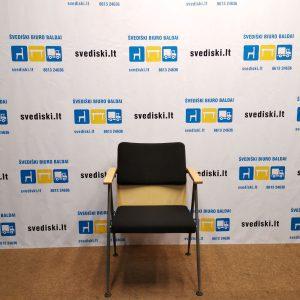 Švediški.lt AVARTE FUNKTUS Juoda Lankytojo Kėdė Su Porankiais, Suomija