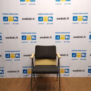 Švediški.lt AVARTE FUNKTUS Pilka Lankytojo Kėdė Su Porankiais, Suomija