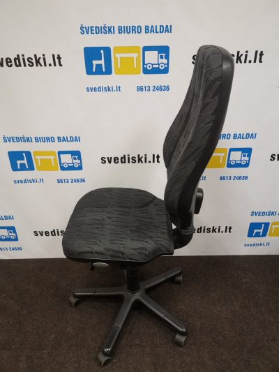 RH Logic 400 Juoda Biuro Kėdė Be Porankių, Švedija