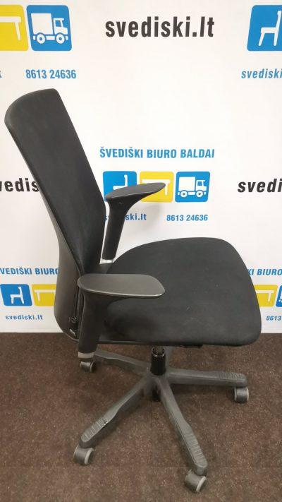 HAG Juoda Biuro Kėdė Su Reguliuojamais Porankiais, Švedija