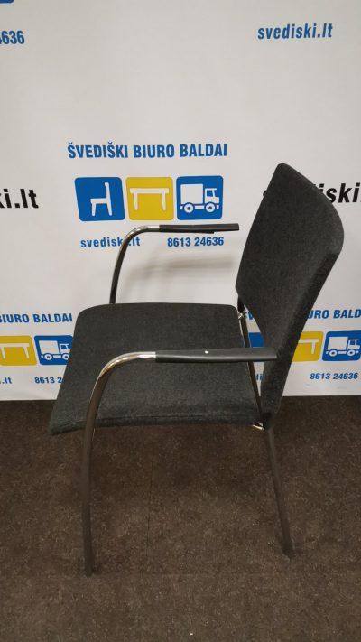 Tamsiai Pilka Lankytojo Kėdė Su Chromo Rėmu, Švedija