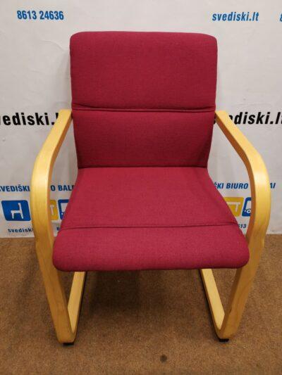 Martela Rausva Lankytojo Kėdė Su Mediniu Rėmu, Švedija
