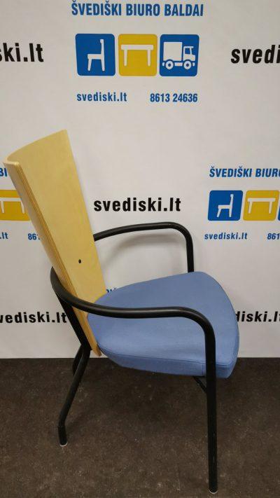 Švediški.lt Kinnarps ARI Beržo Lankytojo Kėdė Su Mėlynu Audiniu, Švedija