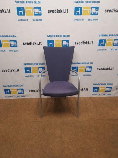 Kinnarps ARI Raudona Lankytojo Kėdė Su Pilku Rėmu, Švedija
