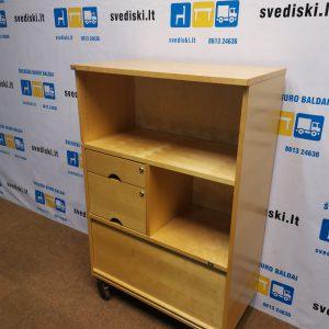 EFG Beržo Spintelė Su 3 Stalčiais Ir Žaliuzinio Tipo Uždaroma Dalimi, Švedija