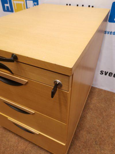 EFG Beržo Stalčių Blokas Su 4 Stalčiais Ir Ratukais, Švedija