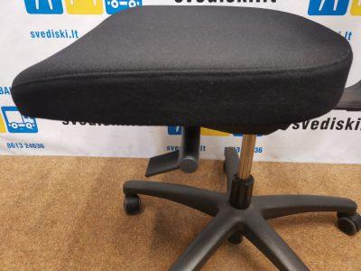 Lanab Design Juoda Biuro Kėdė Su Galvos Atrama, Švedija