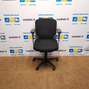 Comforto 77 Juoda Biuro Kėdė Su 5 D Porankiais, Švedija