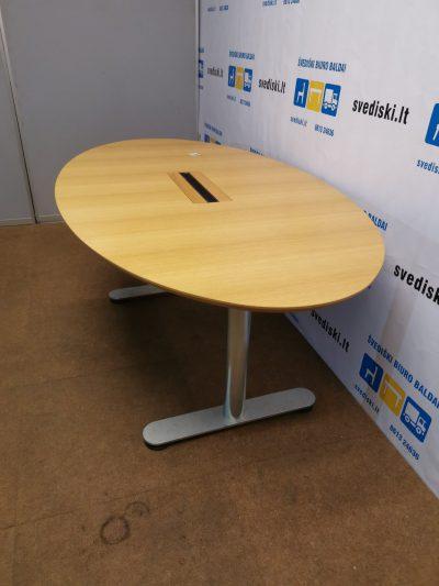 Ąžuolo Konferencinis Stalas Su Metalinėmis Kojomis, Švedija