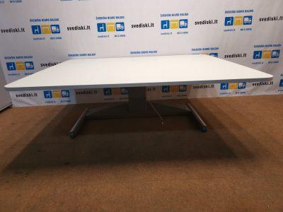 Kinnarps Elektra Reguliuojamas Stalas Su 180x160cm Baltu Stalviršiu, Švedija