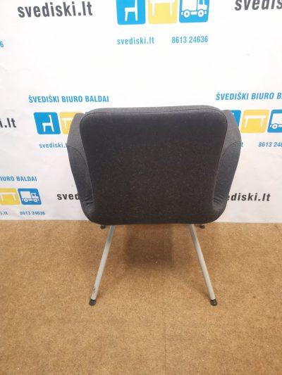 Ikea Patrik Juoda Konferencinė Kėdė, Švedija