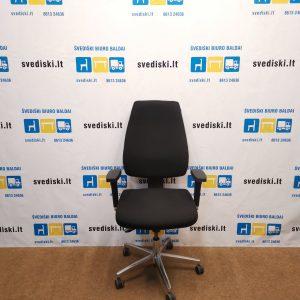 Topstar Juoda Biuro Kėdė Su Reguliuojamais Porankiais, Vokietija