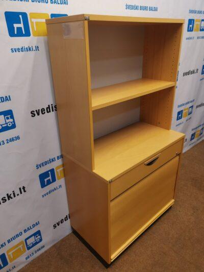 Buko Spintelė Su Uždaroma Dalimi Ir 2 Atviromis Lentynomis, Švedija