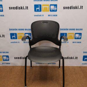 Herman Miller Juoda Kėdė Su Porankiais, Švedija