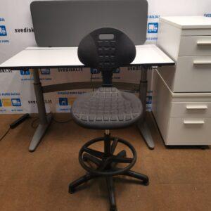 Komplektas: EFG Stalas+Darbo Kėdė+Dvigubas Palmberg Stalčių Blokas+Sienelė, Švedija
