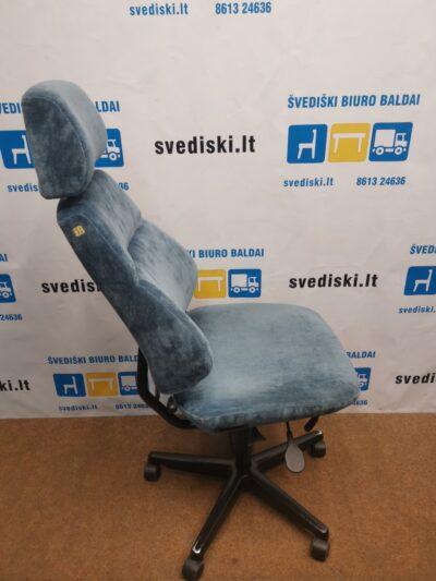 Šviesiai Melsva Biuro Kėdė Su Galvos Atrama, Švedija