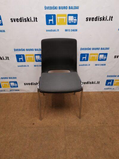 RBM Ana Juoda Plastikinė Kėdė Su Pilku Audiniu, Švedija
