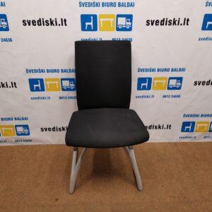 HAG H04 4470 Juoda Biuro Kėdė Su Pilkomis Metalinėmis Kojomis, Švedija