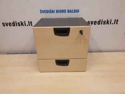 Kinnarps Rakinamas Stalčių Blokas Montuojamas Po Stalu, Švedija