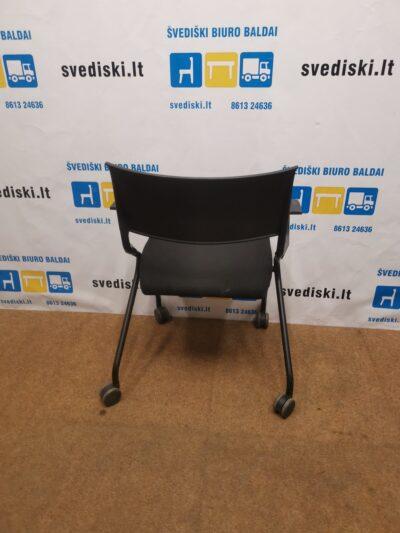 Sedus Flip Flap Juoda Kėdė Su Užlenkiama Sėdyne Ir Porankiais, Švedija