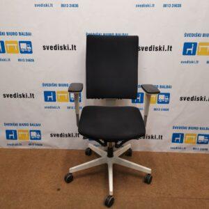 Juoda| Balta Ergonomiška Biuro Kėdė Su 3D Porankiais, Švedija