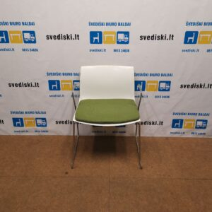 ARPER Catifa 46 Balta Kėdė Su Žalia Sėdima Dalimi, Švedija
