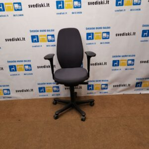 Kinnarps 9000 Tamsiai pilka Biuro Kėdė Su 5D Porankiais, Švedija